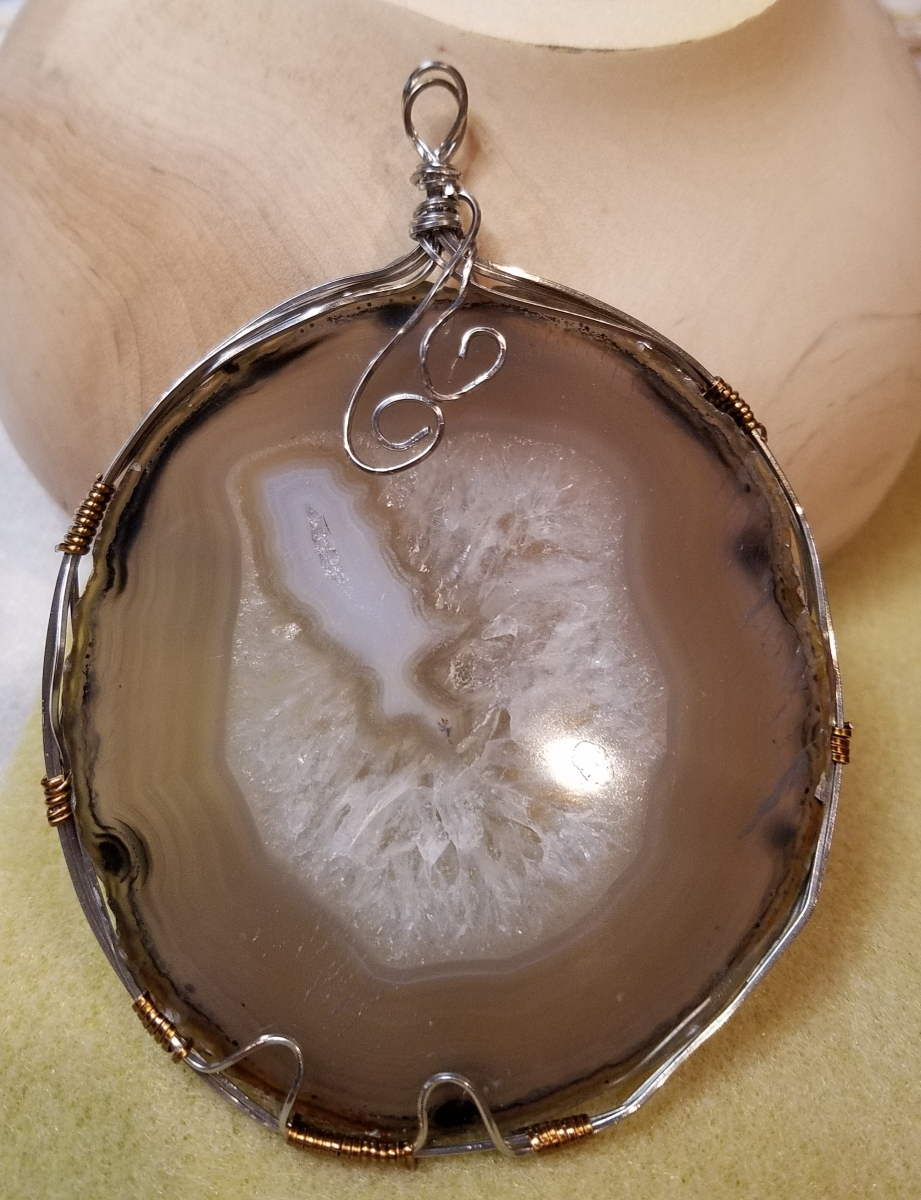 wire-wrap-agate